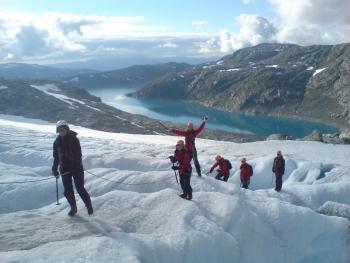 Gletsjerwandelen op de Folgefonna gletsjer - foto Folgefonni Breforarlag