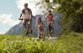 Fietsen met helm in Oostenrijk