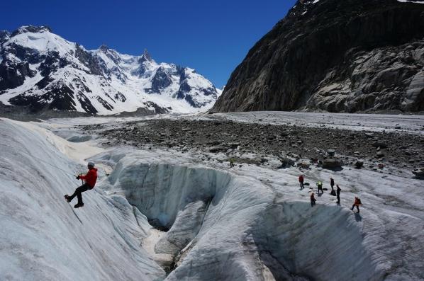 De gletsjer overstekken. Foto Mountain Network