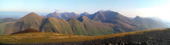 Velela. Panorama noordelijke Snowdonia heuvels