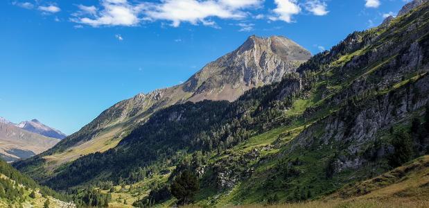 De 10 hoogste bergen van Spanje