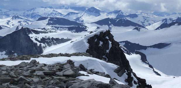 Foto: Pudelek. Uitzicht vanaf de Galdhøpiggen over Jotunheimen