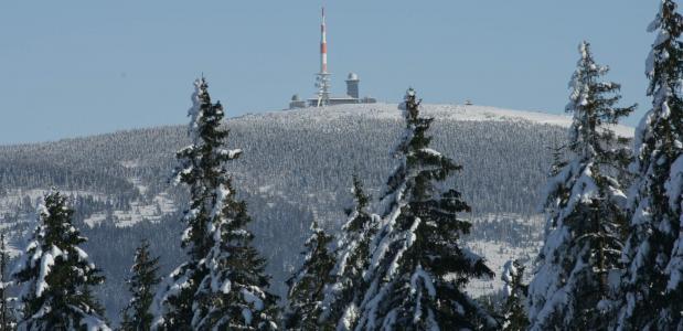 Wandelen in de Harz nar de top van de Brocken