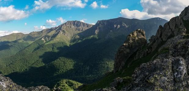 Waterdammen op de Balkan