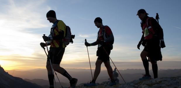 Hiking ©Cavalls del Vent