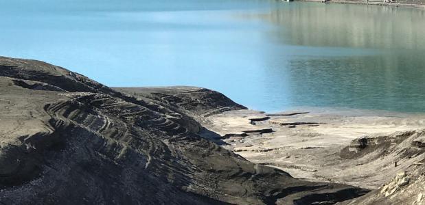 Een halfleeg Molvenomeer