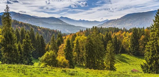 Bergwandelen in de herfst