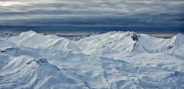 Genieten van sneeuw in Tirol