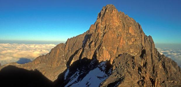 De top van Mount Kenya in Kenia