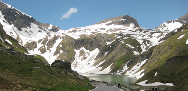 Beeld van de Grossglockner Hochalpenstrasse in Oostenrijk