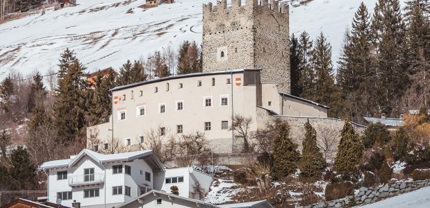 Burgenweg Tirol