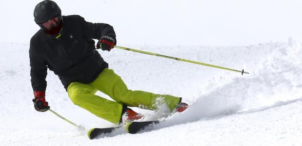 Waar is een skihelm verplicht