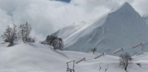 De eerste skilift op zonne-energie staat in Tenna - Zwitserland