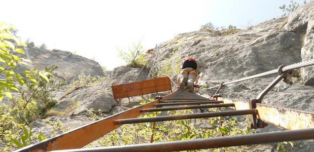 Geschiedenis van klettersteigen
