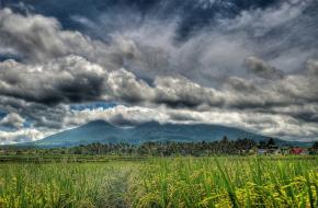 Mount Banahaw ©jojo nicdao