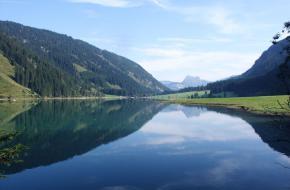Visalpsee. Copyright Bernd Haynold