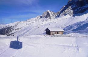 Uitzicht vanuit kabelbaan Aiguille du Midi. Foto Nouhailler