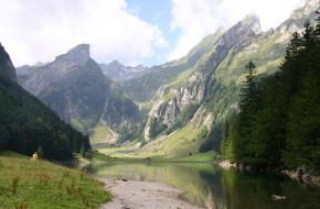 Wandelen in de Appenzeller Alpen in Zwitserland
