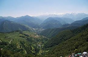 Uitzicht vanaf Col d'Aspin. foto A. Bax