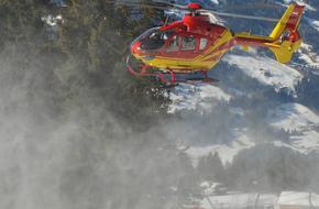 Helikopter van de bergreddingsdienst