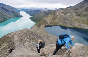 Besseggen- foto Chris Arnesen-visitnorway.com,