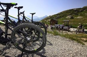 De klim vanaf Col du Glandon. Foto Jonathan Vandevoorde