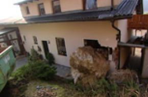 Rotsblok in huis