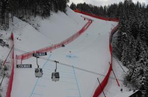 De afdaling van de Saslong FIS wereldbeker in Val Gardena