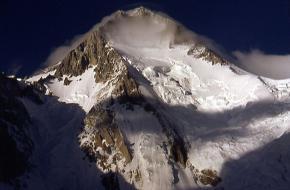eerste beklimming gasherbrum I. Foto Dr. Olaf Rieck via wikipedia