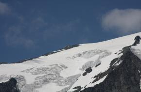 De Erzherzog-Johann-Hütte. Foto Ewald Gabardi via Wikimedia Commons