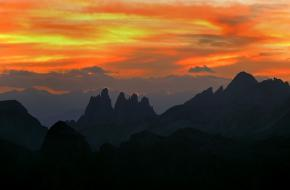 Hemelbrand - Cunturines Spitze - Dolomieten - Italië. Foto Frank Peters