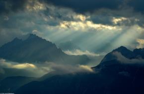 Het regent zonnestralen. Foto Frank Peters