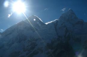Zon in Himalaya. Foto mckaysavag
