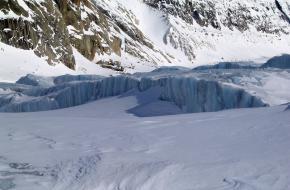 IJsspleten in de Blanc-vallei ©Ruth Hartnup