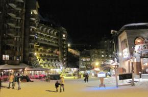 Het dorp Avoriaz - 's avonds