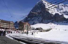 Eiger gezien vanaf station Kleine Scheidegg. Foto via pixabay