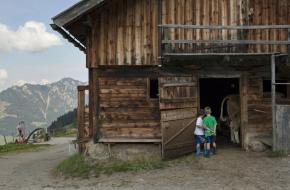 Kohlgrubenalm in Reith in het Alpbachtal. Foto Tirol Werbung/ A. Ziegler