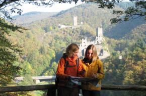 Wandelen in de Eifel. Foto Eifel Tourismus