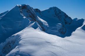 De Naso del Lyskamm in de Walliser Alpen.
