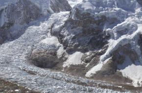 Mount Everst op pixelniveau