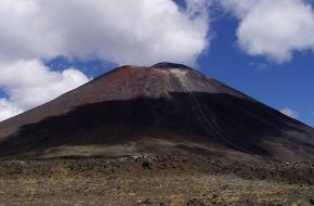 Vulkaan Mount Tongariro in Nieuw-Zeeland. Foto_e1ther