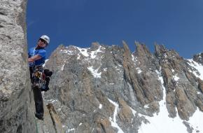 Niek klimmend in het Mt Blanc massief - fotograaf J. Smit