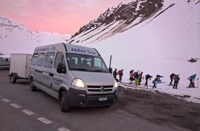 Schneetourenbus Zwitserland