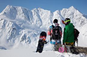 Snowboarders. Foto TeroRepo.com / TimeLine