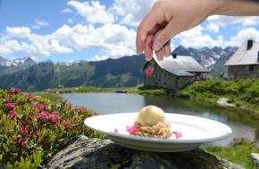 Sterrenchefs koken in Oostenrijkse berghutten