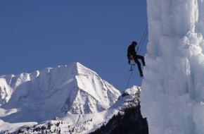 IJsklimmen in Zuid-Tirol. Foto Tourismusverband Tauferer Ahrntal