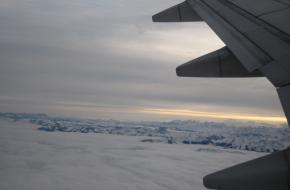 In het vliegtuig boven Oostenrijk.