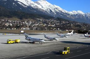 Vliegveld Innsbruck. Foto Oberau-Online