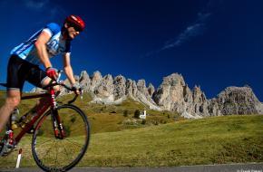Zonder doping op de Passo Gardena - Dolomieten. Foto Frank Peters